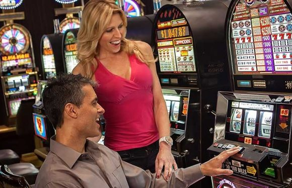 What are different types of casino available for you?